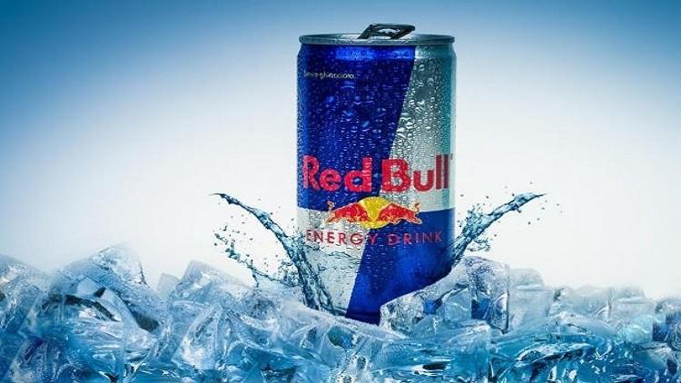 دراسة: شرب عبوتي ريد بول قد يرفع خطر الإصابة بالسكتة القلبية