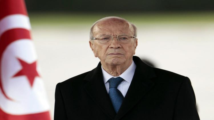 السبسي يأمر الجيش التونسي بحماية منشآت إنتاج الثروات الطبيعية