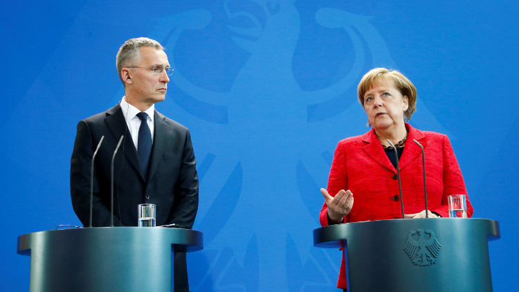 ميركل: ندرس إمكانية مشاركة الناتو في التحالف الدولي ضد