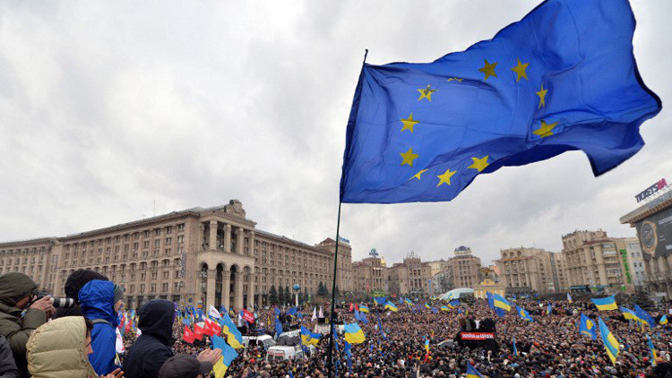 وسائل إعلام تكذب بوروشينكو بشأن التأشيرات الأوروبية للأوكرانيين