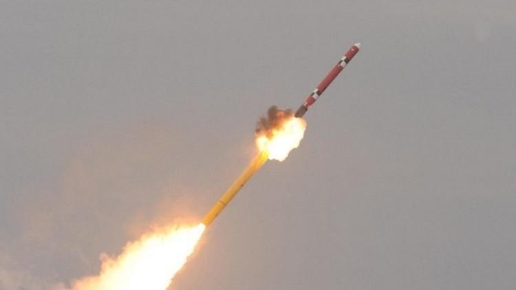 كوريا الشمالية تجري تجربة صاروخية واليابان تدين