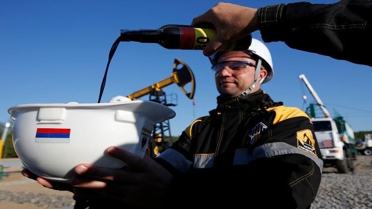 الطاقة الروسية تحدد شرط توازن سوق النفط العالمية