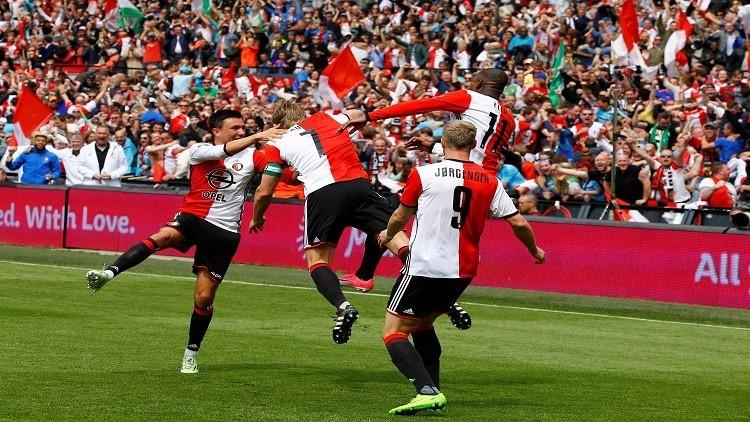 فينورد يتوج بطلا للدوري الهولندي لكرة القدم