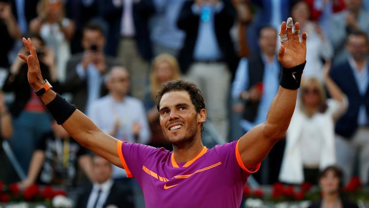 نادال يرتقي للمركز الرابع  في تصنيف لاعبي التنس المحترفين
