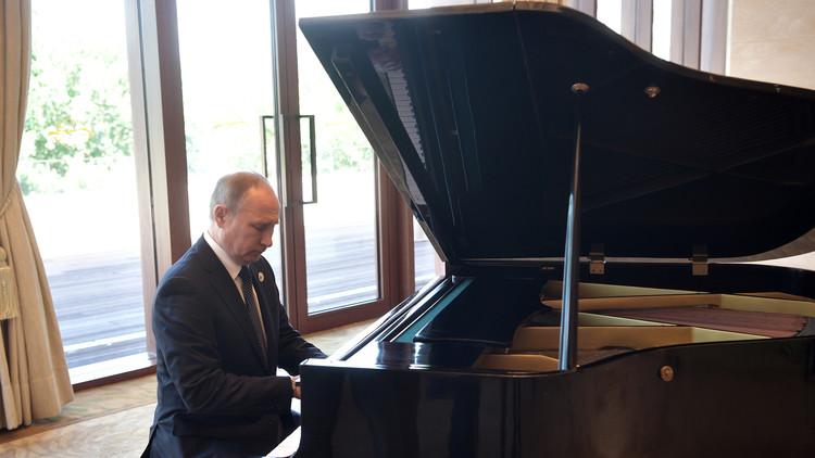 بوتين لن يعزف الموسيقى الأمريكية قبل لقاء ترامب!