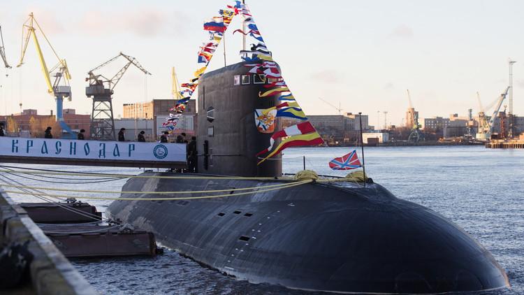 البحرية الأمريكية تلاحق غواصة روسية في المتوسط