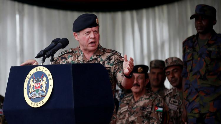 العاهل الأردني يبحث مع عسكريين غربيين مكافحة الإرهاب