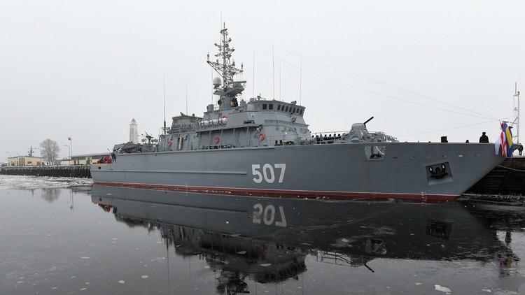 كاسحة الألغام الروسية الأحدث تصل البلطيق