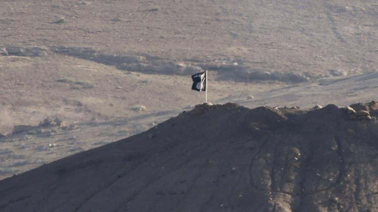 داعش يعزل والي دير الزور