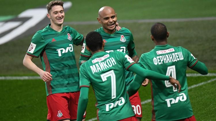 لوكوموتيف موسكو يهزم أورال بعشرة لاعبين