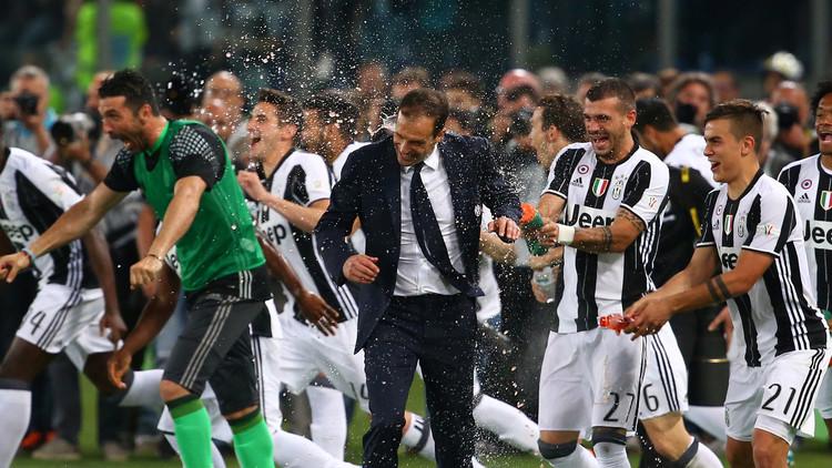 يوفنتوس يعانق كأس إيطاليا