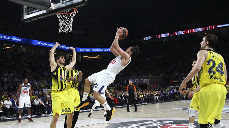 فنربختشة التركي يحرم ريال مدريد من نهائي