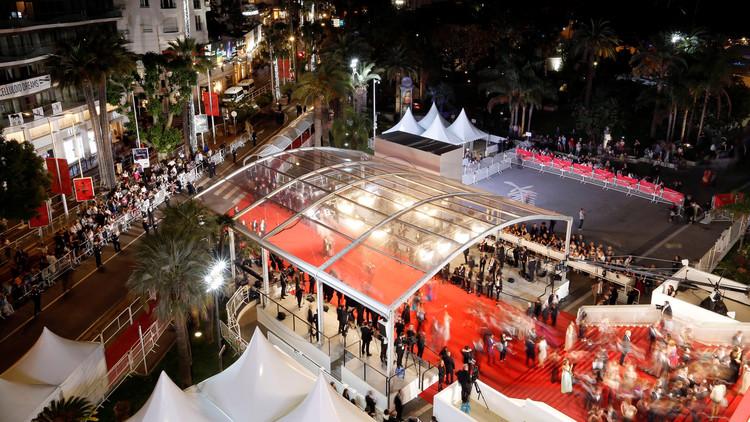 إجلاء جماهير مهرجان كان السينمائي بسبب تهديد أمني