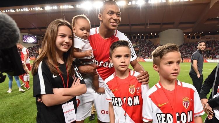 موناكو يرفض عرضا فلكيا من ريال مدريد لضم مبابي