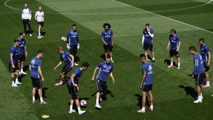 رسميا.. تشكيلة ريال مدريد لمباراته المصيرية ضد ملقا