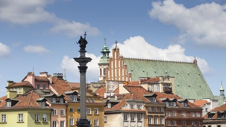 بولندا ترفض استقبال اللاجئين رسميا.. وحجتها العنف ضد النساء