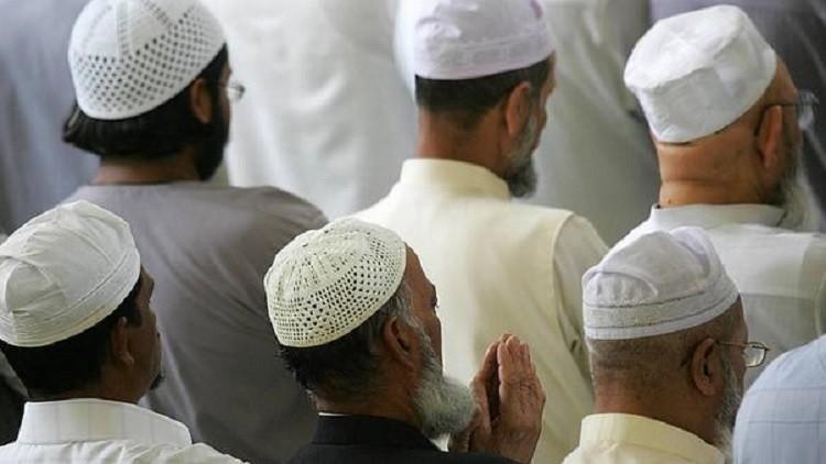 الكويت.. حبس إمامي مسجد 5 سنوات لجمعهما تبرعات لجبهة النصرة