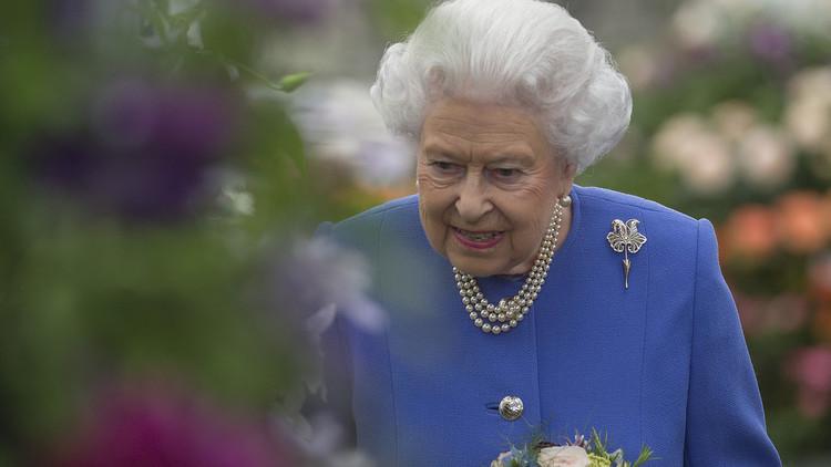 الملكة إليزابيث: الأمة البريطانية بأكملها مذهولة من تفجير مانشستر