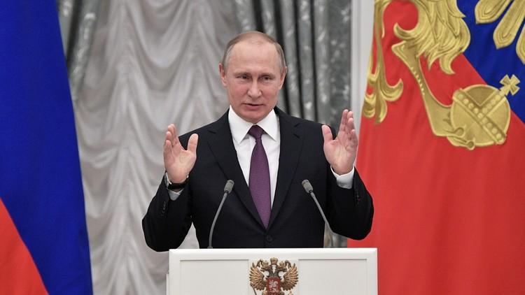 بوتين يكرّم كوماندوز روس حاربوا في سوريا