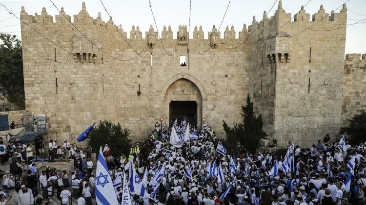 متطرفون يهود يحاولون اقتحام باحة المسجد الأقصى