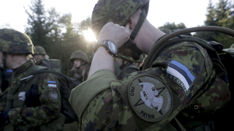 مزارع إستوني يطلق النار على عناصر من الناتو