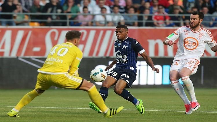 تروا يفاجئ لوريان في الجولة الفاصلة من الدوري الفرنسي