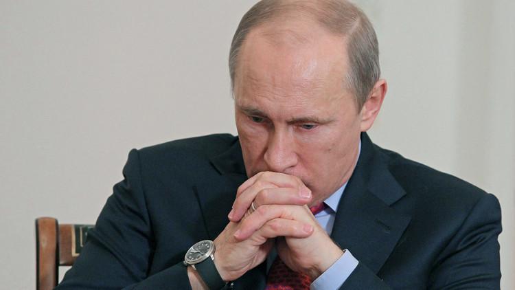 بوتين يعزي السيسي ويؤكد وقوف موسكو إلى جانب مصر ضد الإرهاب