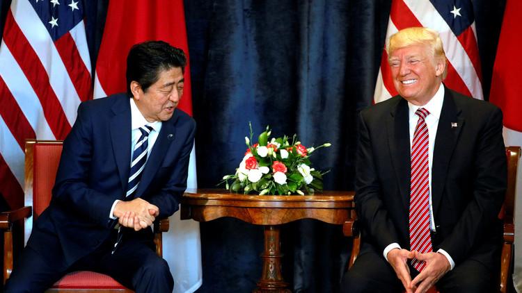 ترامب وآبي يتفقان على تشديد العقوبات على بيونغ يانغ