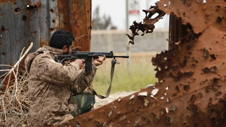 قتلى وجرحى باشتباكات عنيفة في العاصمة الليبية