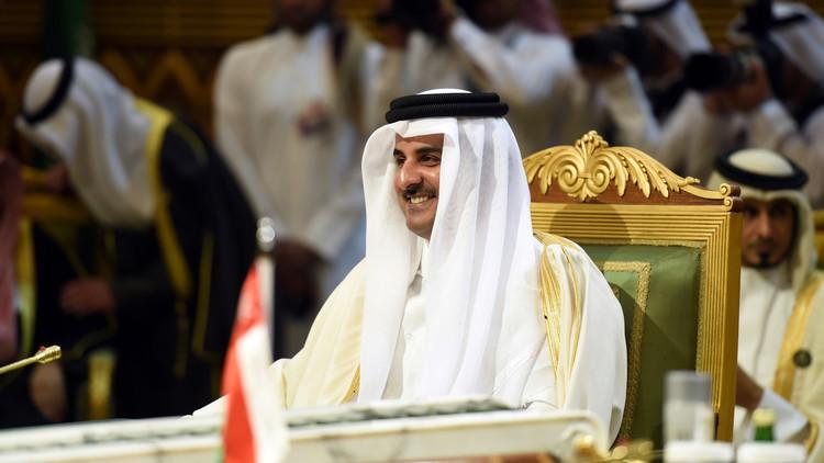أمير قطر إلى الكويت