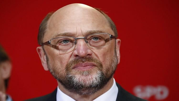 مرشح للمستشارية الألمانية: ترامب يمارس الابتزاز السياسي
