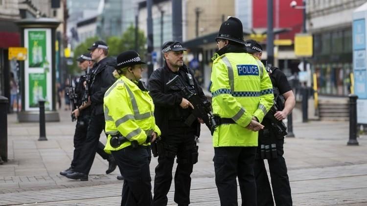 الشرطة البريطانية تفتش عقارا في ويغان قرب مانشستر