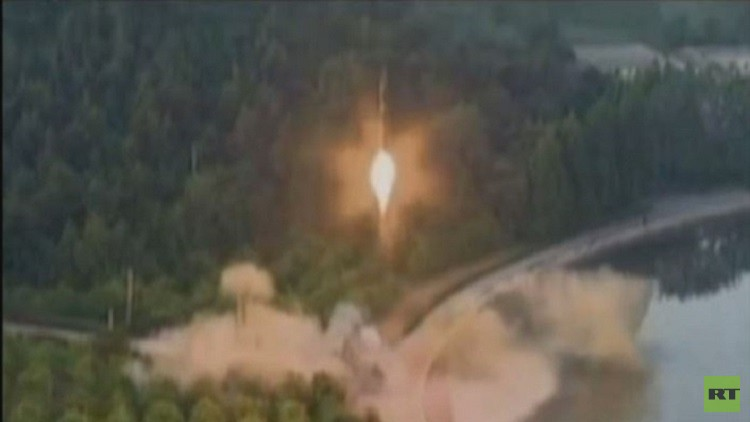 بيونغ يانغ تنشر فيديو لتجربتها الصاروخية الأخيرة