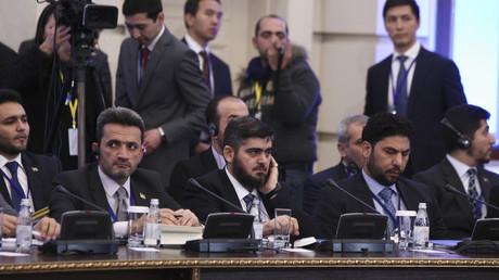 وفد المعارضة السورية إلى مفاوضات أستانا. صورة من الأرشيف