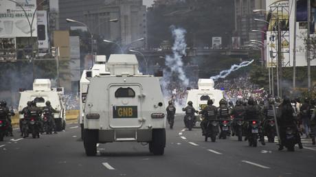 احتجاجات في فنزويلا ضد الرئيس نيكولاس مادورو