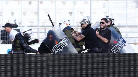 أعمال عنف رافقت نهائي كأس اليونان