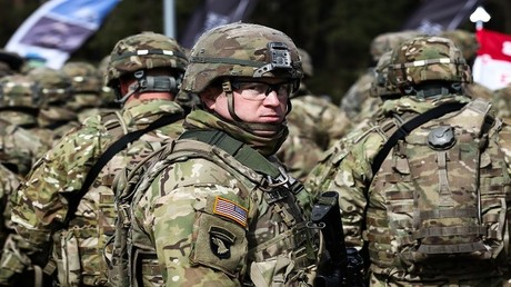 أفراد من الجيش الأمريكي