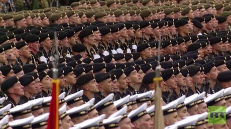 موسكو.. عرض عسكري بمناسبة عيد النصر