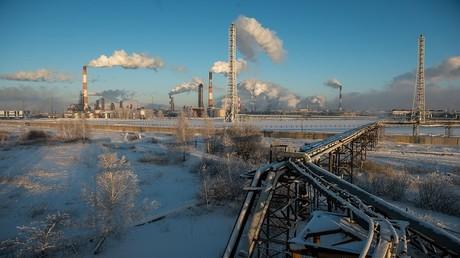 إيرادات النفط الروسية تقفز بنسبة 65%