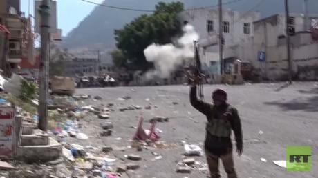 قوات هادي تتقدم في تعز جنوب غرب اليمن