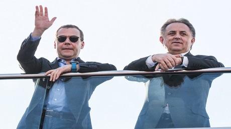"""موتكو لمدفيديف: روسيا """"ستحطم"""" الجميع بكرة القدم"""