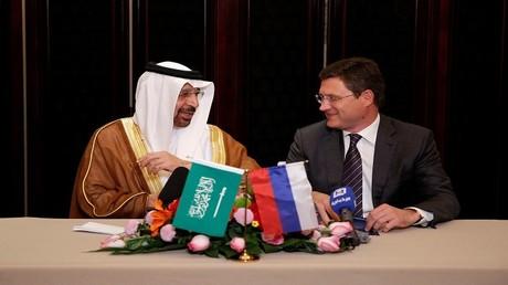 وزيرا الطاقة الروسي ألكسندر نوفاك والسعودي خالد الفالح