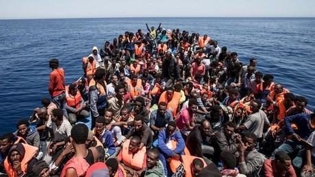 مهاجرون غير شرعيين - أرشيف -