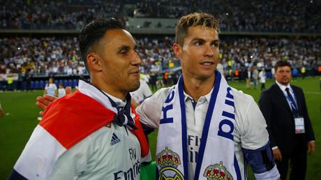 كيلور نافاس حارس ريال مدريد مع كريستيانو رونالدو