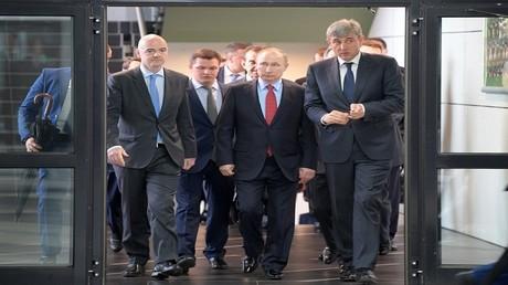 فلاديمير بوتين خلال زيارته لمدينة كراسنودار