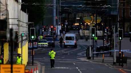 أفراد الشرطة في شوارع مانشستر