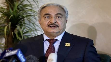حكومة الوفاق الليبية تدعو حفتر للكف عن قصف الجفرة