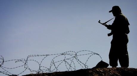 عنصر في حرس الحدود الإيراني