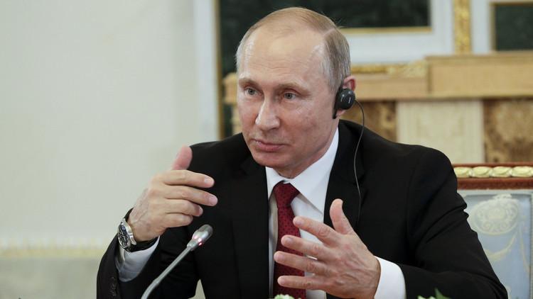 بوتين: قراصنة الإنترنت كالفنانين الذين يرسمون لوحاتهم