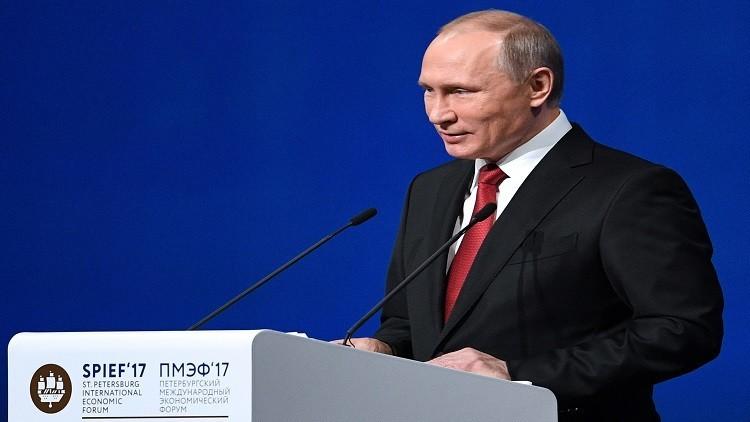 بوتين: الاقتصاد الروسي دخل مرحلة نمو جديدة